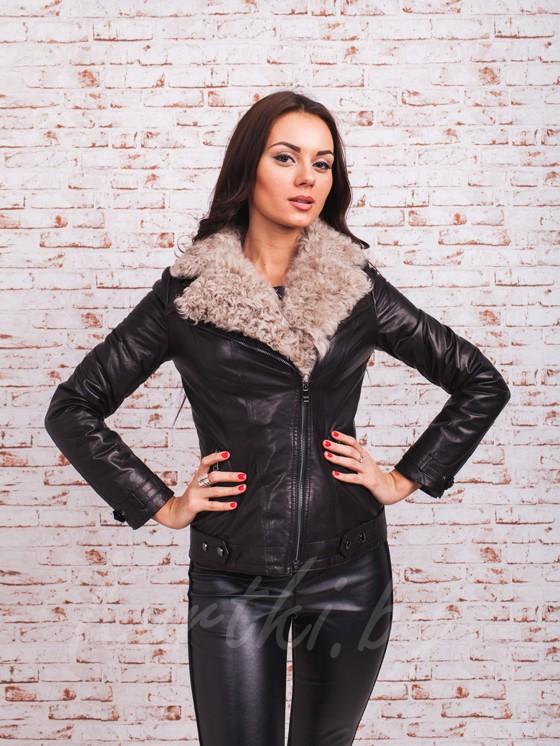Кожаная куртка — стильное решение для любой фигуры